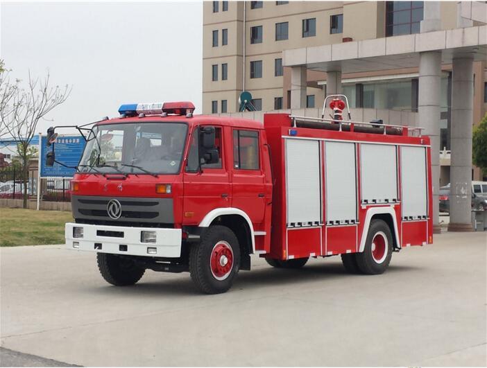 东风153水罐消防车6-8吨消防车