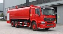豪泺25吨供水消防车