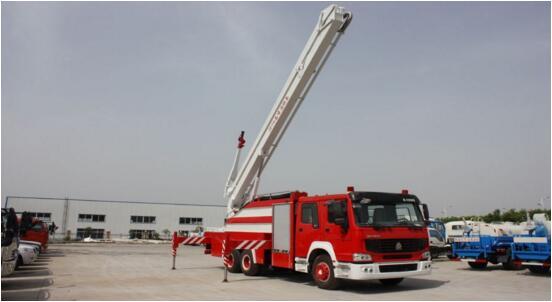 豪沃双桥25米举高喷射消防车